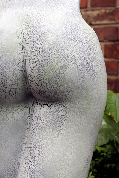 Skulptur Reisslack weiss 3