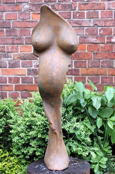 Skulptur_Schwanger_ROST